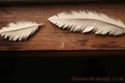 Paper Feathers courtesy of Prettycalm.blogspot.com