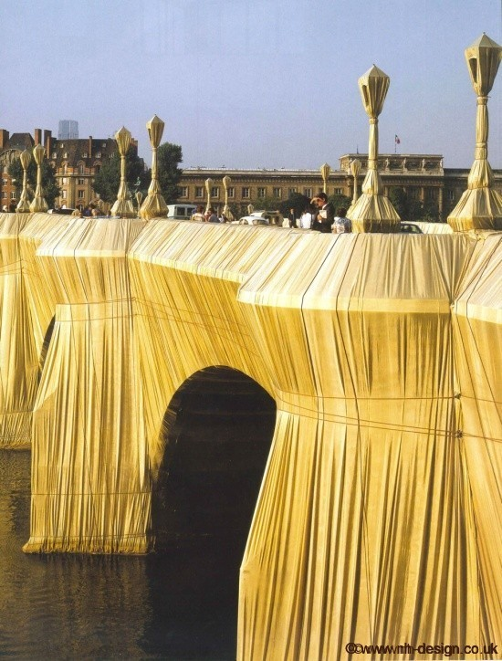 The Pont Neuf Wrapped (1975-85)