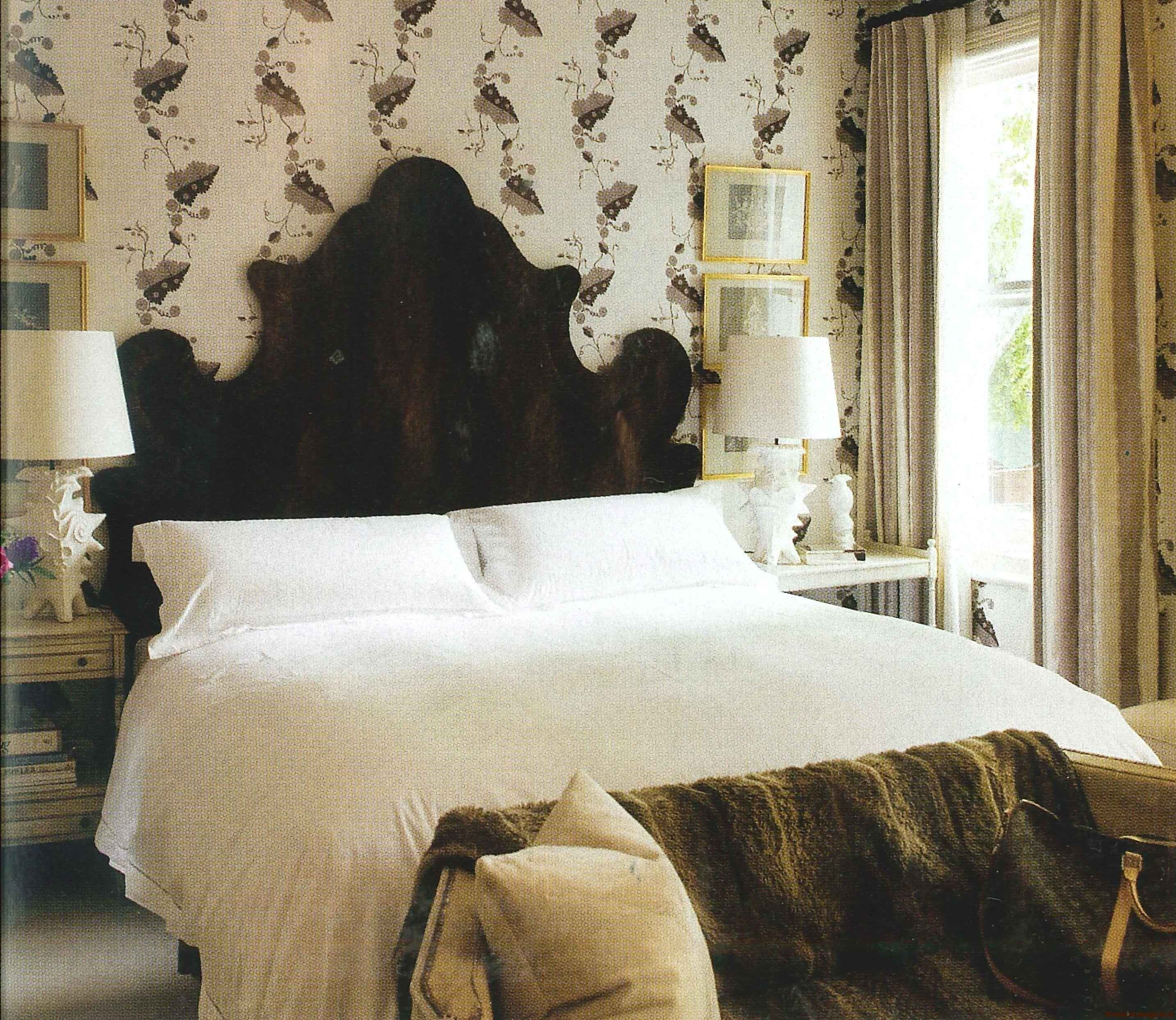 Colette Bedroom Wallpaper - Greenbrier - Dovecoat Grey